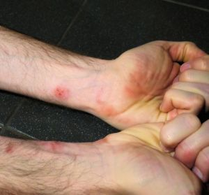 Wall Run Without Parkour Gloves Injury