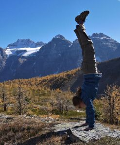 Parkour Girld Hand Stand - Lake Louise Banff